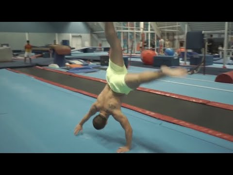 TOP FIVE Best Gymnastics & Acrobatics of 2016 PEOPLE ARE AWESOME 2016