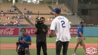 Lonzo Ball tosses first pitch at Dodgers game