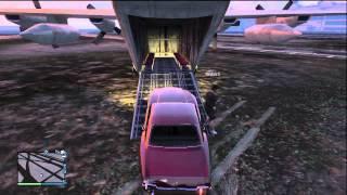 Grand Theft Auto V .||.  حاولنا ندخل السيارة جوا الطيارة