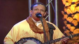 OUDADEN - اودادن عبد الله الفوى يغني للفقراء والمشردين - اغنيه مؤثرة جدا ستغير تفكيرك