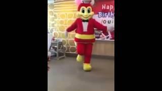 Jollibee - Twerk it like Miley ! Dance Funny