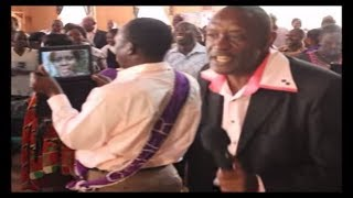 Pastor Opingo - Worship in Kenya