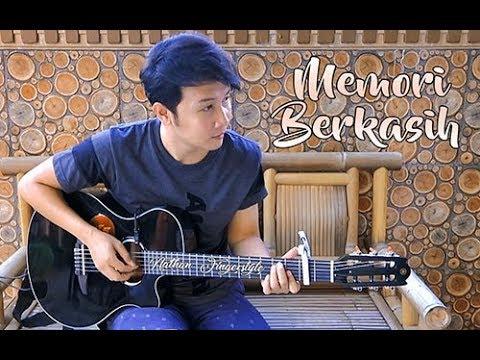 (Siti Nordiana & Achik Spin) Memori Berkasih - Nathan Fingerstyle   Guitar Cover