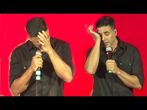 Xxx Mp4 Emotional Akshay Kumar CRIES In Public When Asked About Not Winning ANY Awards 3gp Sex