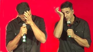 Emotional Akshay Kumar CRIES In Public When Asked About Not Winning ANY Awards