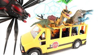 Defend the Dinosaur School Bus from Tarantula! Dinosaur Eggs For Kids. Dinosaur Movie 공룡 버스