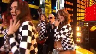 Pitbull performing