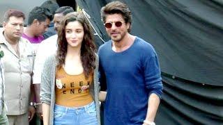 Shahrukh Khan & Alia Bhatt Spotted INSIDE Mehboob Studio After Shooting For Dear Zindagi Movie