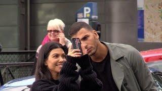 EXCLUSIVE :  Kourtney Kardashian and Younes Bendjima in love visiting Montmartre in Paris