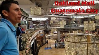 Mr Bone conociendo Oakland Mall en Guatemala City. Guatemala. Parte 2/22