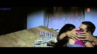 Aditi rao kissing & bed scene
