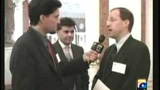 Every Pakistani Must watch this video.....by Guest ED Jackson ARY is  C1A media