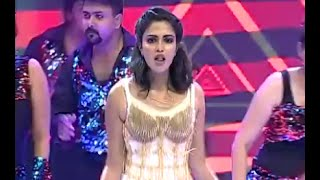 AMALA PAUL rocks the stage at the Mirchi music awards | MMASOUTH