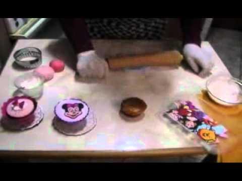 Como Forrar Cupcakes con Masa Elastica