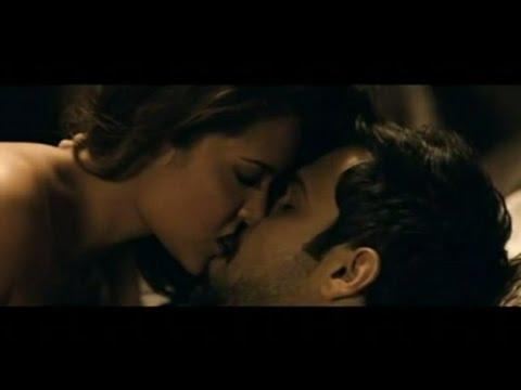 Esha Gupta all kissing and sex compilation ❤