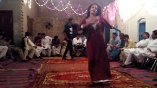 mujra yaari lani aey te paki paki la dasi girl dance desi mujra on shadi night