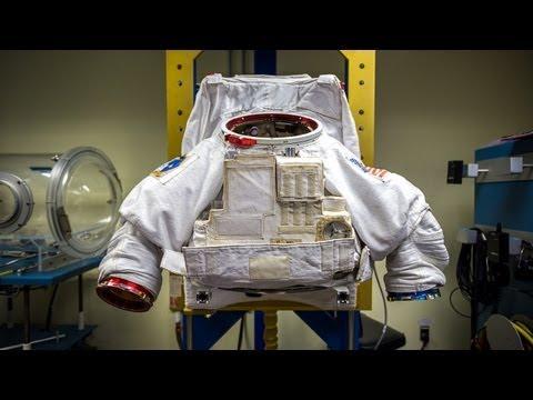 Xxx Mp4 How Astronauts Put On Space Suits 3gp Sex