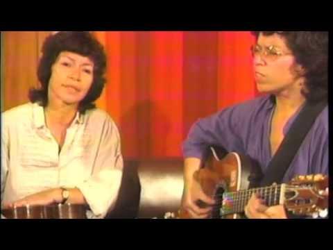 Isabel and Tita Parra cantan García Marquez