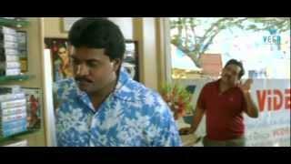 Chandra Mohan Comedy with Bheemavaram Bullodu Sunil - Manasantha Nuvve Movie - Uday Kiran, Reema Sen