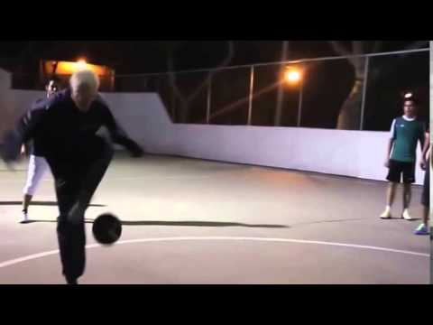 Freestyle Sean Garnier Menyamar