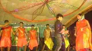Tamil dancer dance in record dance hot|aadalum padalum hot 2013|Record dance 2013