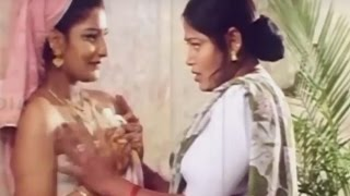 Indian Hot Lesbian  Girl Romancing  With a Desi Spicy Aunty