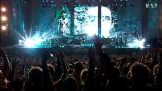 Robbie Williams - Fell  (Live at knebworth) HD