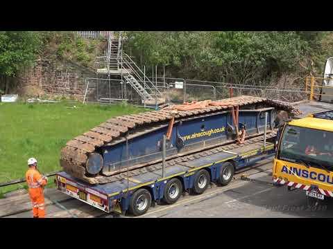 Second Garston bridge removal crane set up
