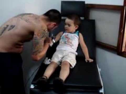 Tatuando Caio meu filho