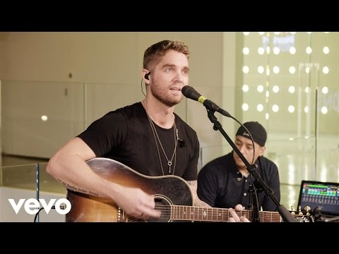 Brett Young - Sleep Without You (Live on the Honda Stage at iHeartRadio NY)