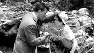 She Couldn`t Say No - Robert Mitchum & Jean Simmons