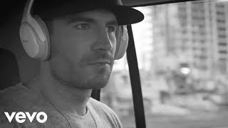Sam Hunt - Saturday Night (Live From The Street Party)