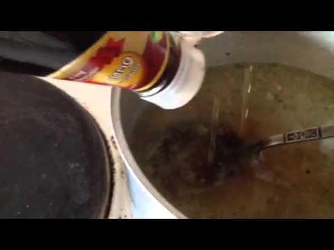 ต้มน้ำซุปกระดูกอ่อนหมูแบบง่ายๆ