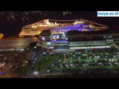 DRONE VIDEO - Kapal Pesiar Bawa Ribuan Turis Singgah di Surabaya, Lihat Kemewahannya