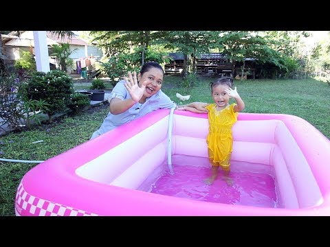 Xxx Mp4 Unboxing Kolam Renang Anak Balita Lucu Warna Pink Kids Playing Swimming Pool 3gp Sex