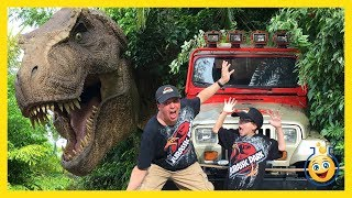 Jurassic Park T-Rex GIANT LIFE SIZE DINOSAURS Islands of Adventure Universal Studios Family Fun Toys