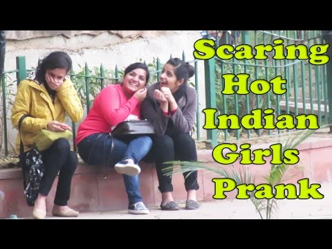 Xxx Mp4 Scaring Hot Indian Girls Lizard Prank Danger Fun Club Pranks In India 3gp Sex