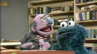 Sesame Street: Cookie Monster In The Library