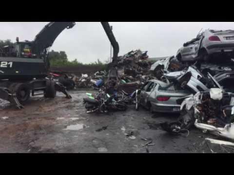 Destruction de véhicules à Angers