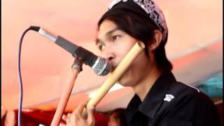 Rusdy oyag percussion lamunan