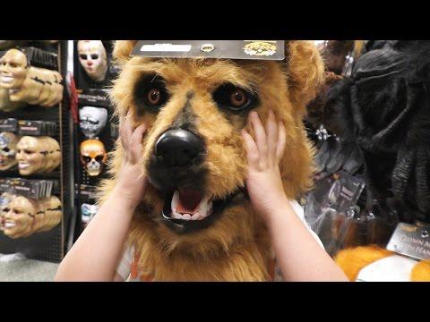 💀 Spirit Halloween Mask Show 2016   Zombies Clowns Skeletons 💀