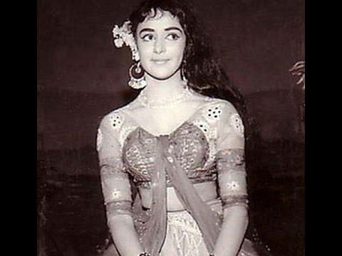 15 Bollywood Actress Hema Malin Childhood, Rare and Unseen Pictures, Photos, Images - Dilnawaz Shaik