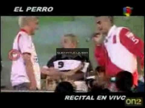 El Perro Recital En Vivo Pasion De Sabado 16 05 09 SuenatuCumbia.Com