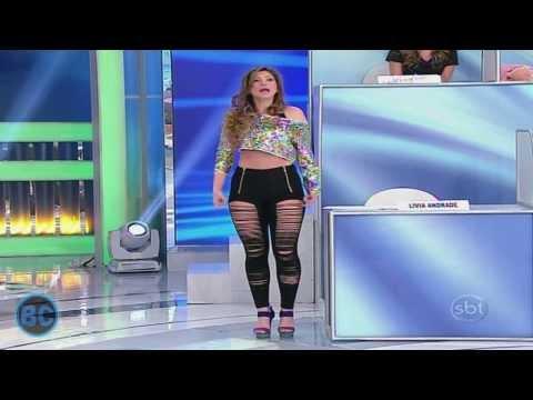 Livia Andrade Gostosa de Calça Rasgada