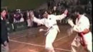 Ehsan Shafiq Unbelievable kick (must watch )