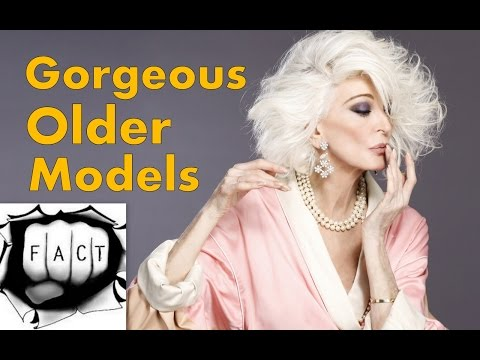 15 Gorgeous Older Models Who Are Absolutely Beautiful