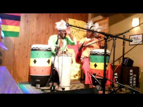 Jenaguru from Zimbabwe  ジャナグルドラマー 160613