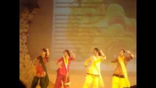 PUNJABI dance by girls at farewell D.A.V SEC-14 FARIDABAD