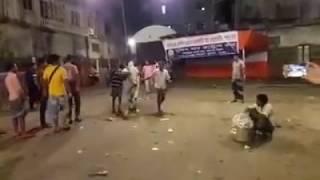 ভারতীয় দাদারা আসিতেছে