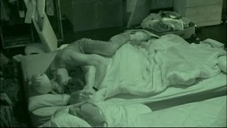 BB16 8/06 2:52am - Frankie Kisses on Zach in Bed and Asks if he Made Him Hard
